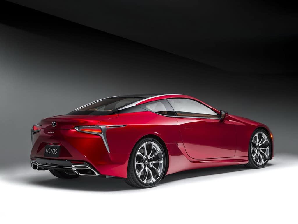 2017-Lexus-LC-500-9